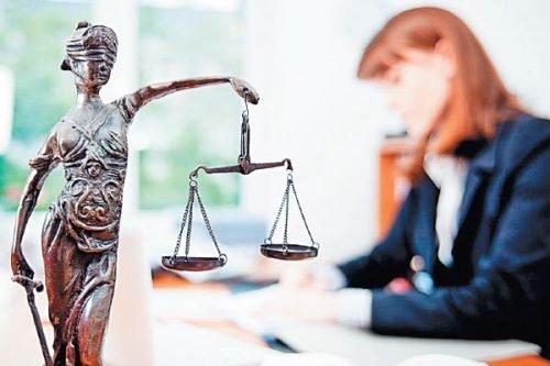 Помощь юриста по миграционным вопросам